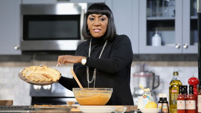 111615-centric-news-Patti-Labelle-pie